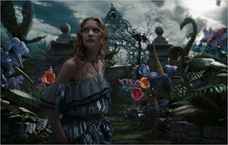 0000121-alice-in-wonderland-tim-burton-01-320