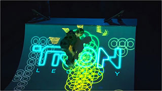 0000311-tron-legacy-premiere-a-light-session-01-320