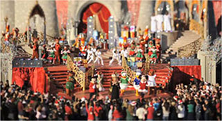 0000318-disney-parks-christmas-day-parade-tilt-shift-01-320