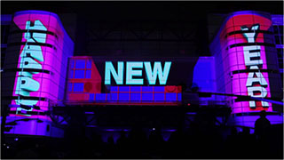 0000323-houston-nye-2011-3d-building-projection-mapping-01-320