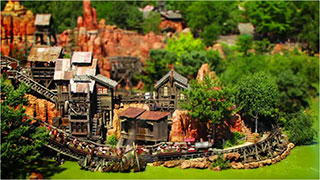 0000370-disneyland-paris-tilt-shift-01-320
