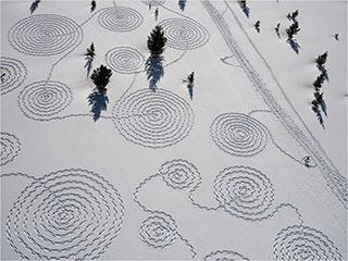 0000532-snow-circles-sonja-hinrichsen-01-320