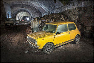 00006291-vintage-cars-in-a-tunnel-of-liverpool-09-320